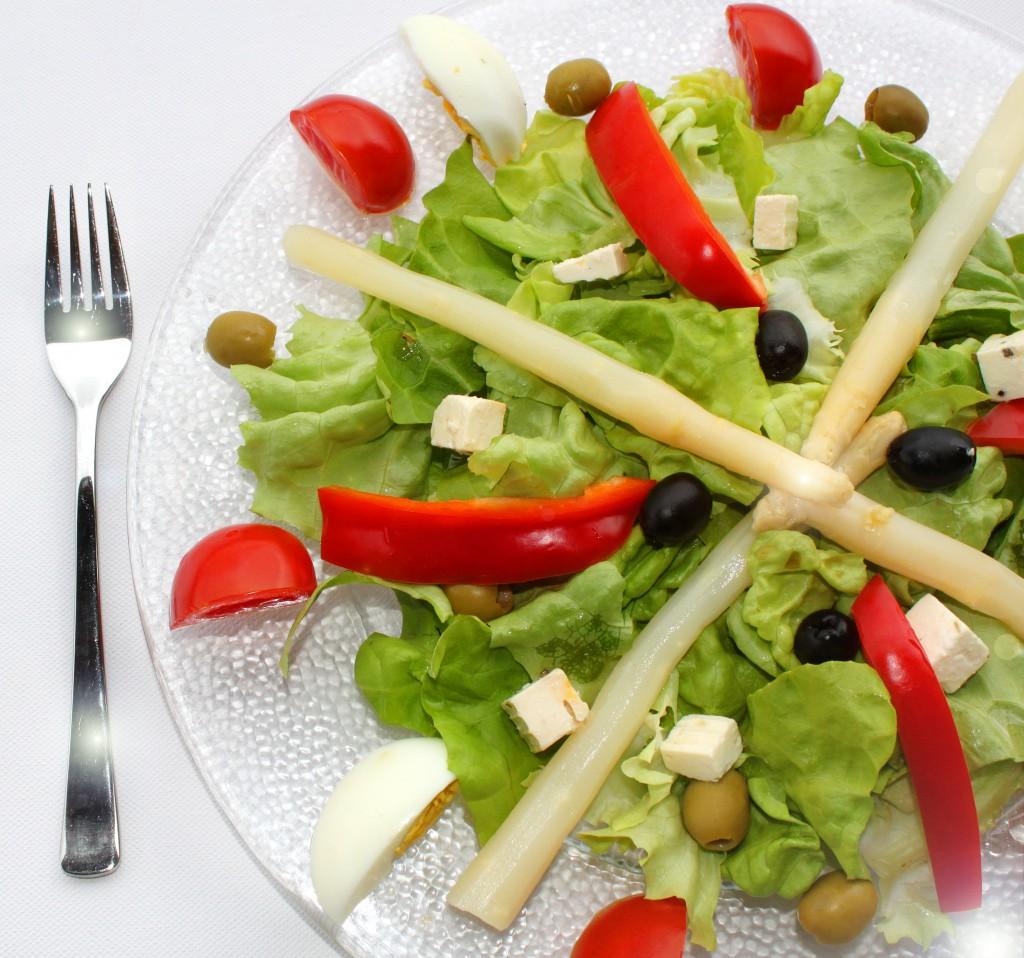Margot Kessler pixelio.de  1024x958 Richtige Ernährung im höheren Alter