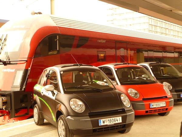 P1000772 Neuer Service der ÖBB am Wiener Westbahnhof