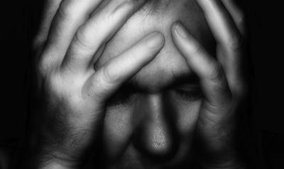 543000 web R K B by Gerd Altmann pixelio 1.de  Pflegende Angehörige: Frustriert und depressiv – dem Burn Out nahe und niemand hilft