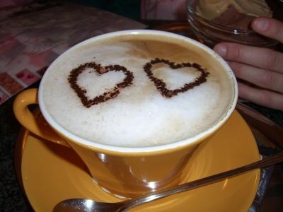 256127 web R K B by cook pixelio.de  Unser täglicher Kaffeegenuss auf Knopfdruck.