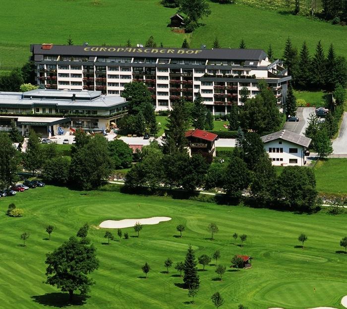 EH Sommeransicht gateway Ein Golfeldorado – wenige Schritte zum Abschlag