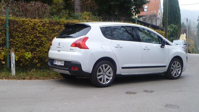 P1010844 Peugeot 3008 Hybrid4 im Test