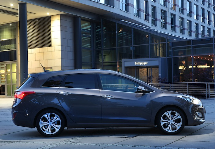 i30 Kombi ex 03 Der neue Hyundai i30 Kombi im Test