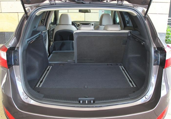 i30 Kombi ex 10 Der neue Hyundai i30 Kombi im Test