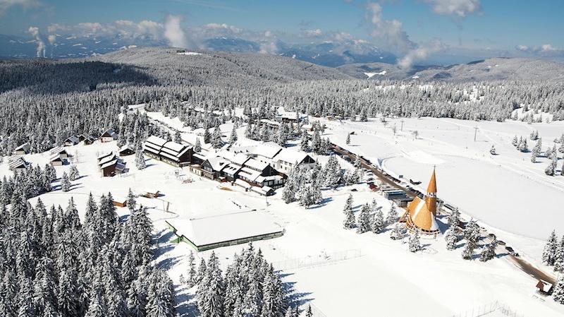 Rogla Winter panorama Rogla in Slowenien ein feines Skigebiet