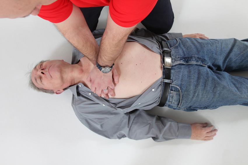 RS799 IMG 4546 scr1 Erste Hilfe rettet Leben