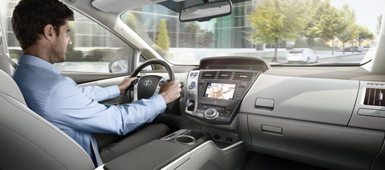 toyota prius plus 2012 interior tme 009 prev tcm303 1121840 Der neue Toyota Prius+ im Test