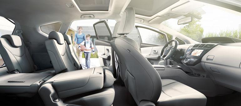 toyota prius plus 2012 interior tme 010 prev tcm303 1121843 Der neue Toyota Prius+ im Test