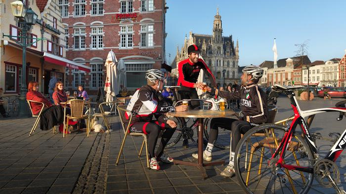 6 Flandern ist Radsport, Gastlichkeit und Brauchtum zugleich