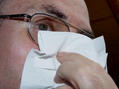 441073 web R by Dieter Schütz pixelio.de  Winterzeit bringt Erkältung und Grippe
