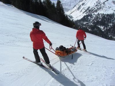 613952 web R by Paulwip pixelio.de  Österreichweite Skiunfallerhebung 2012/13