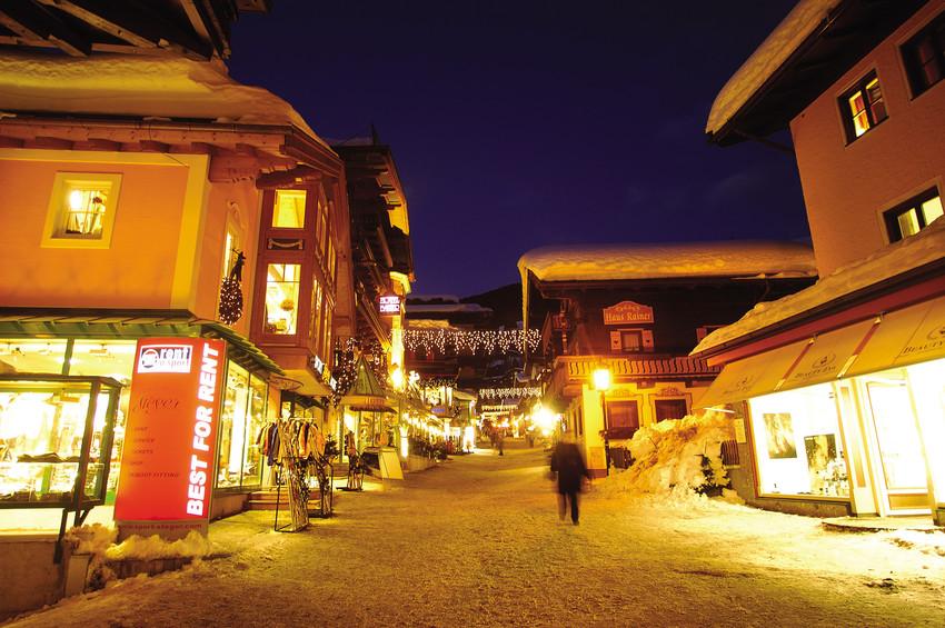RS528 Ort Village 5 scr Saalbach ein überaus vielseitiges Skigebiet