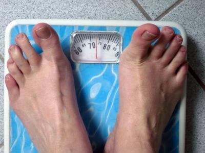 443947 web R B by sigrid rossmann pixelio.de  Wochentage ausschlaggebend für Gewichtsverlust