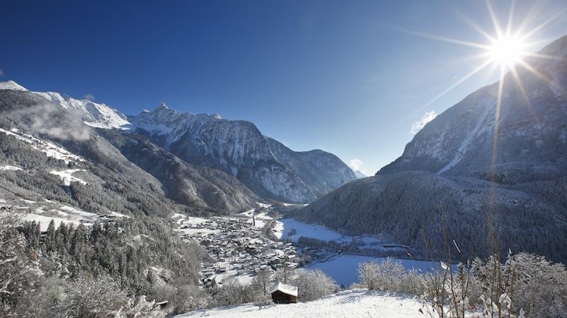 Oetz im Winter 200831 Ötz ein Ort im Ötztal, der vieles zu bieten hat