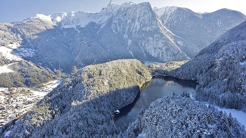 oetz piburgersee winter 03 08 Ötz ein Ort im Ötztal, der vieles zu bieten hat