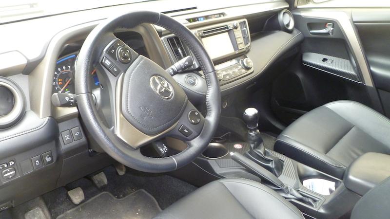 P1030294 Toyota RAV4 2.2 D 4D Allrad  im Test