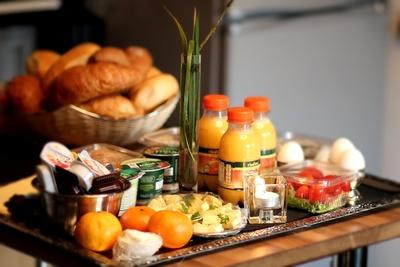 560619 web R by Helene Souza pixelio.de  Zwei Mahlzeiten am Tag gesünder bei Typ 2 Diabetes