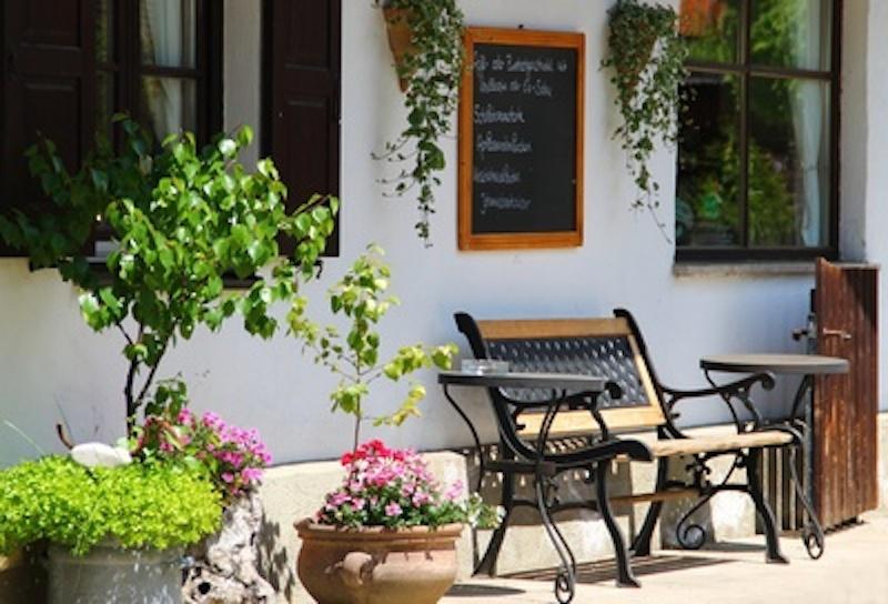 650586 web R by Petra Dirscherl pixelio.de 2 Frühjahrszeit, Zeit für Gartengestaltung und Gartenpflege