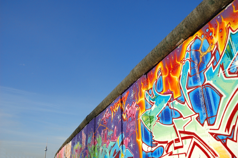 """Grafitti Berliner Mauer 25 Jahre """"Friedliche Revolution Leipzig"""" im Mittelpunkt der Weltöffentlichkeit"""