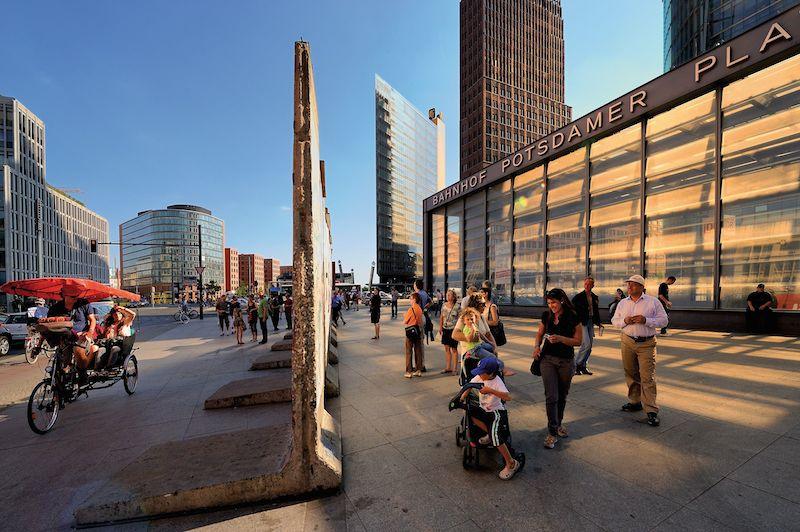 """Potsdamer Platz Berlin 25 Jahre """"Friedliche Revolution Leipzig"""" im Mittelpunkt der Weltöffentlichkeit"""