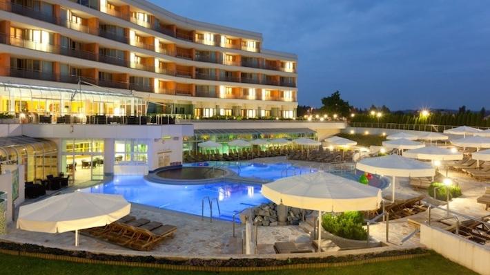 Slovenia Moravske Toplice Livada Hotel swimming pool Die Terme 3000 in Moravske Toplice