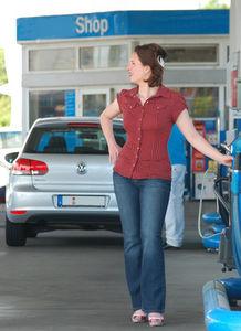 Ölpreis Tief macht Tanken und Heizen immer billiger