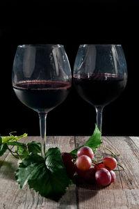 Rotwein verbrennt Fettzellen und senkt Blutdruck