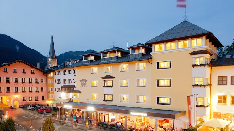 Sporthotel Reisch außen neu Kitzbühel ein Ort wo Legenden geboren werden