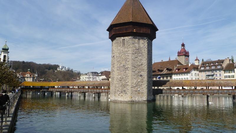 P1040863 Als der Drache vom Pilatus nach Luzern flog