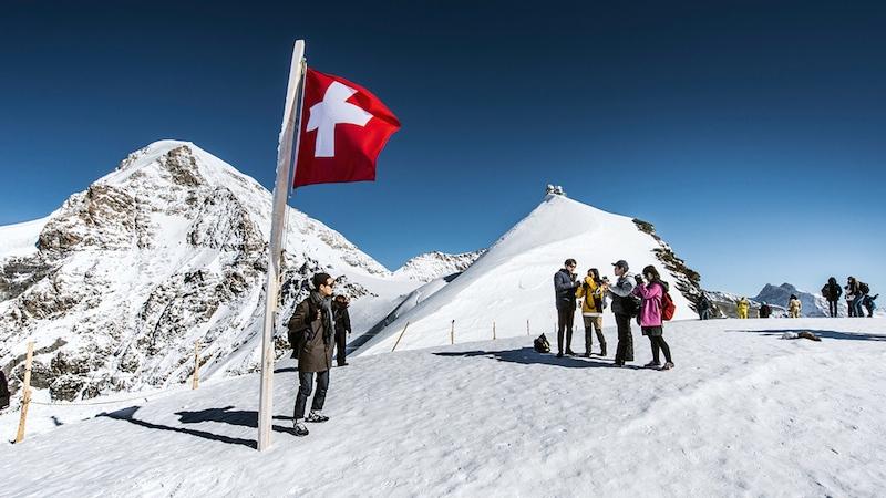 JJ n 0125 Plateau rgb Jungfrau Region und Jungfraujoch in der Schweiz – Top of Europe