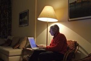 Ältere Menschen sprechen online gerne über Sex