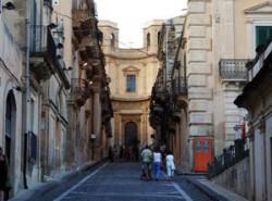 Italienisches Dorf verschenkt Häuser für einen Euro