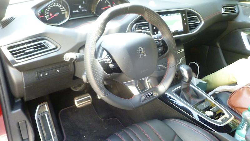 P1050376 Peugeot 308 GT