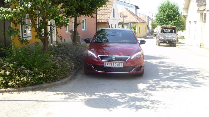 P1050379 Peugeot 308 GT