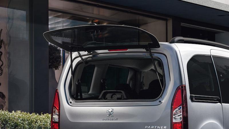 PEUGEOT PAR 2015 153 FR Peugeot Tepee der Urbane