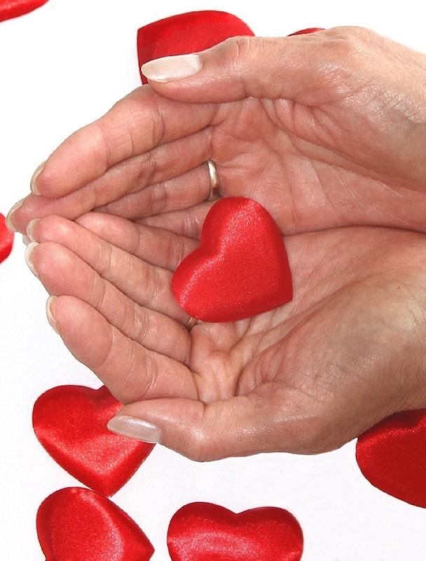 639770 original R by Rike pixelio.de  Herzinfarkte treten bei Frauen deutlich anders auf