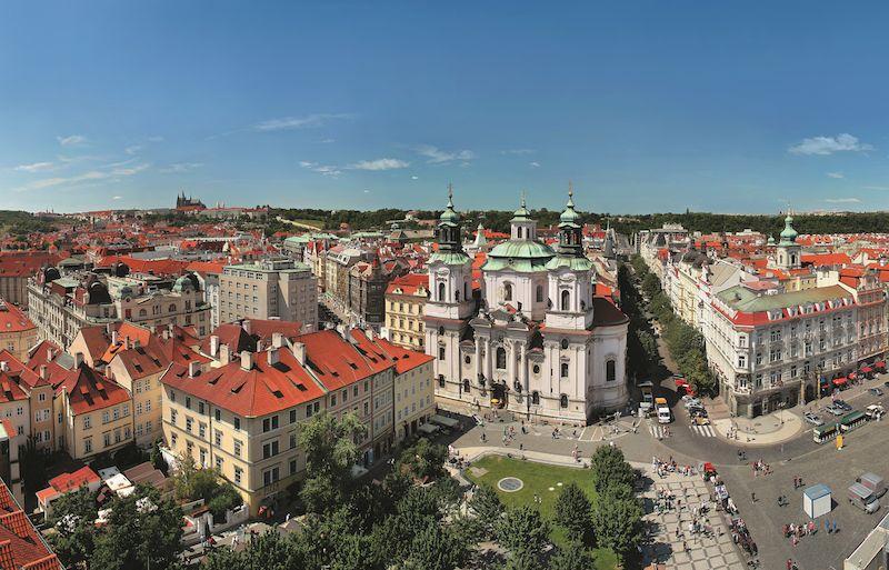 Praha Old Town Square Libor Svacek CzechTourism Tschechien feiert dieses Jahr bedeutende Jubiläen