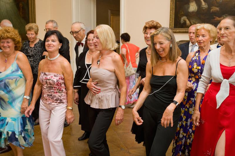 980J3577 Salsa 50+: Der Tanz belebt die Sinne und mehr