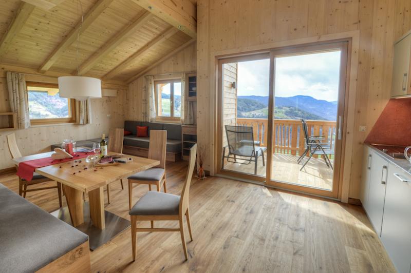 rosengarten wohnzimmer 2 Bei den Menschen am Land in Südtirol