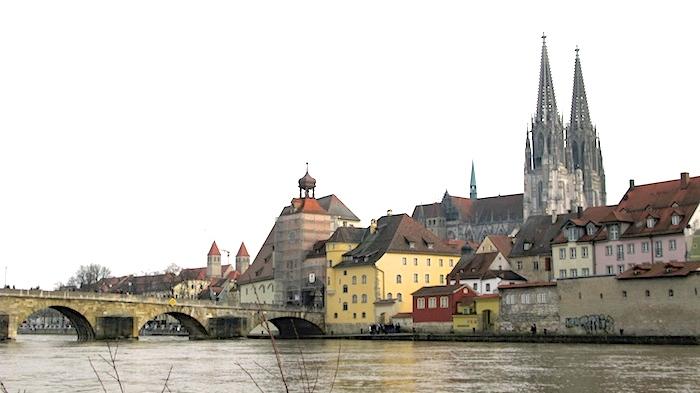 """regensb Christian Nittmann pixelio.de  """"Die Junge Donau"""" stromaufwärts ab Passau entdecken"""