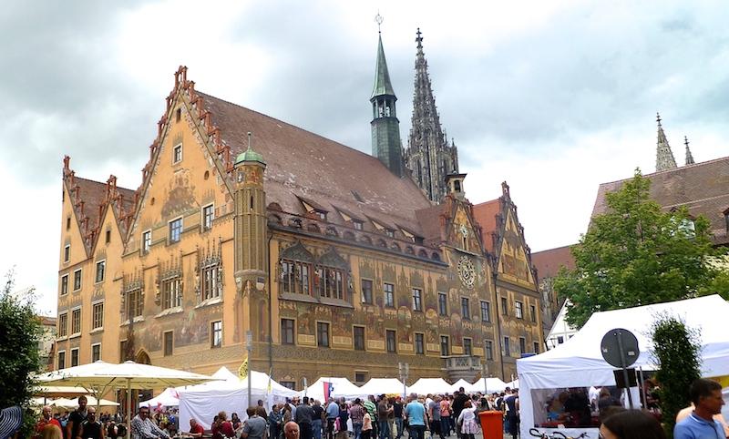 P1060190 Ulm die Stadt der Gegensätze