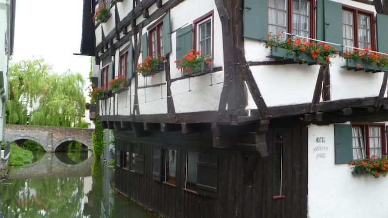 P1060208 Ulm die Stadt der Gegensätze