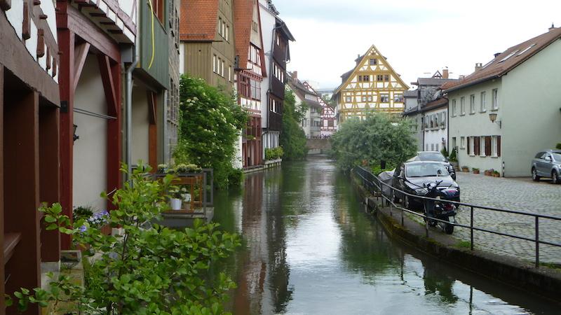 P1060216 Ulm die Stadt der Gegensätze