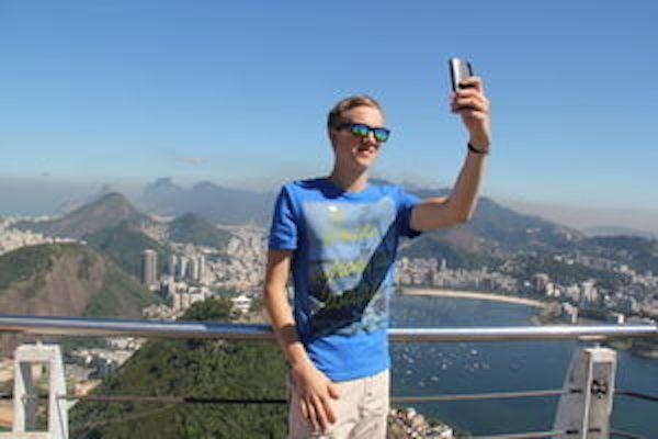 Betrachten von Selfies macht unglücklich