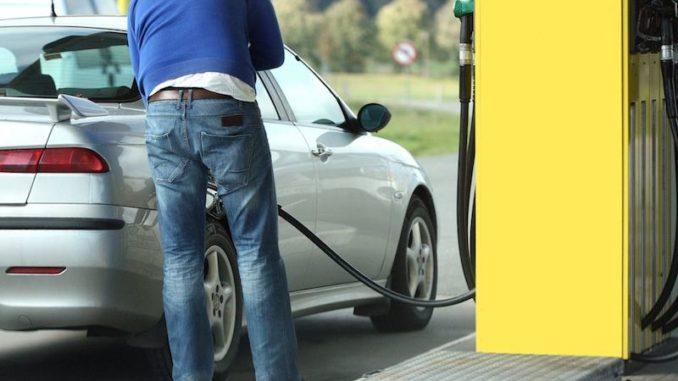 Regierung überlegt Möst Erhöhung Auf Diesel Besserlaengerlebenat