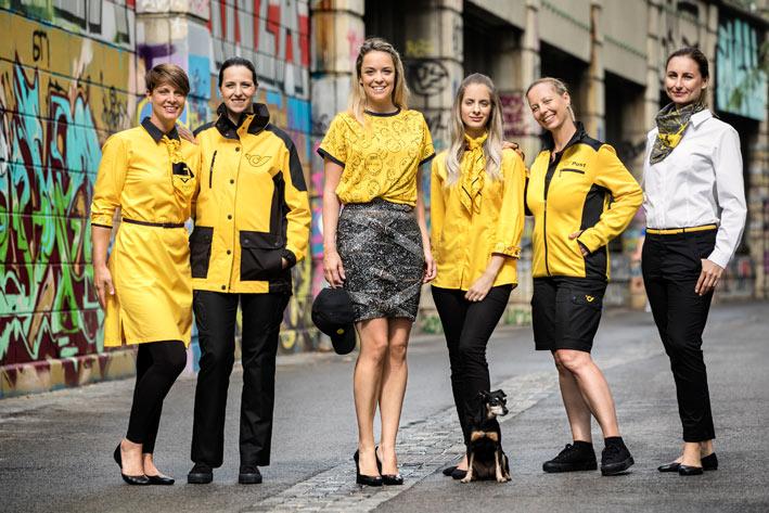 post ag neue uniformen marina hoermanseder mitarbeiterinnen Designerin M. Hoermanseder kleidet Postler ein