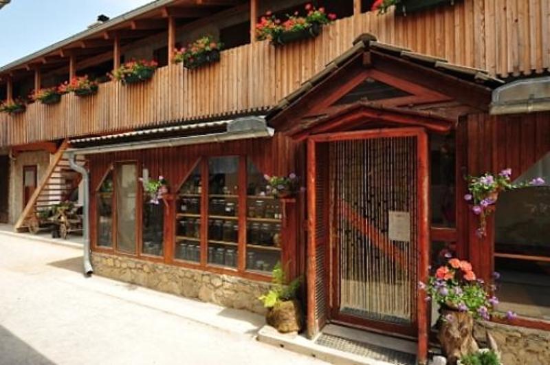 l entrata nel loro ristorante Die Höhle von Postojna und das Karstgebiet
