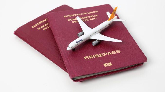 Reisepässe sind unterschiedlich bewertet Foto: Tim-Reckmann_pixelio.de