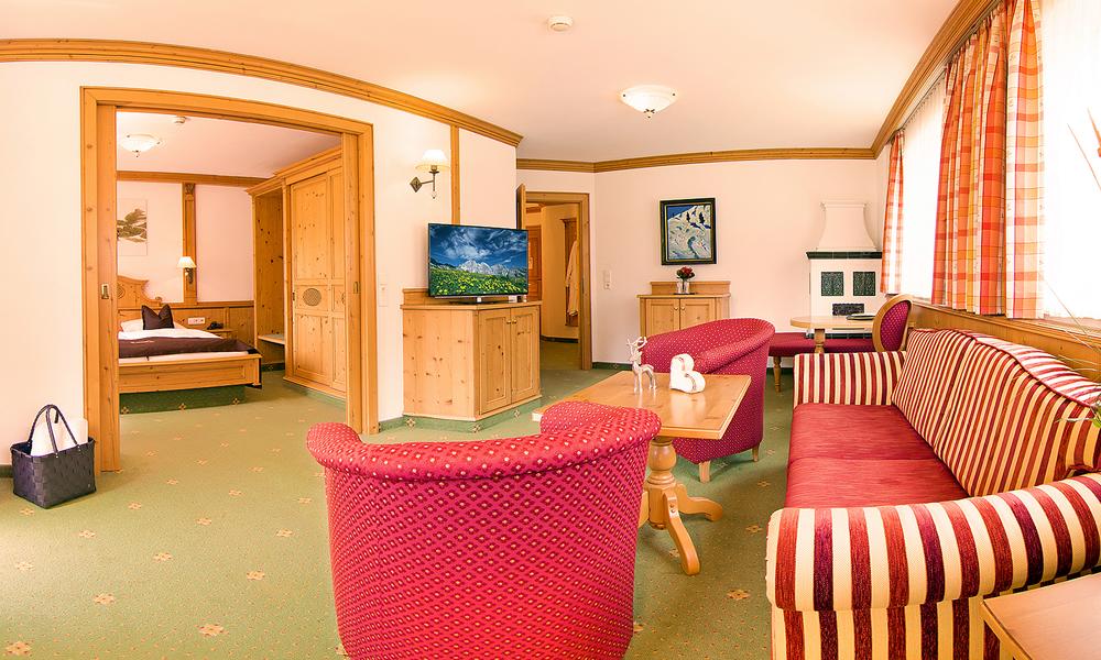 Doppel Deluxe Zimmer Alpenhotel Tirolerhof in Neustift