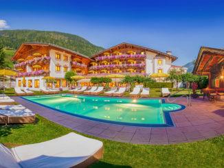 Sommeraussenbereich 2 Alpenhotel Tirolerhof in Neustift